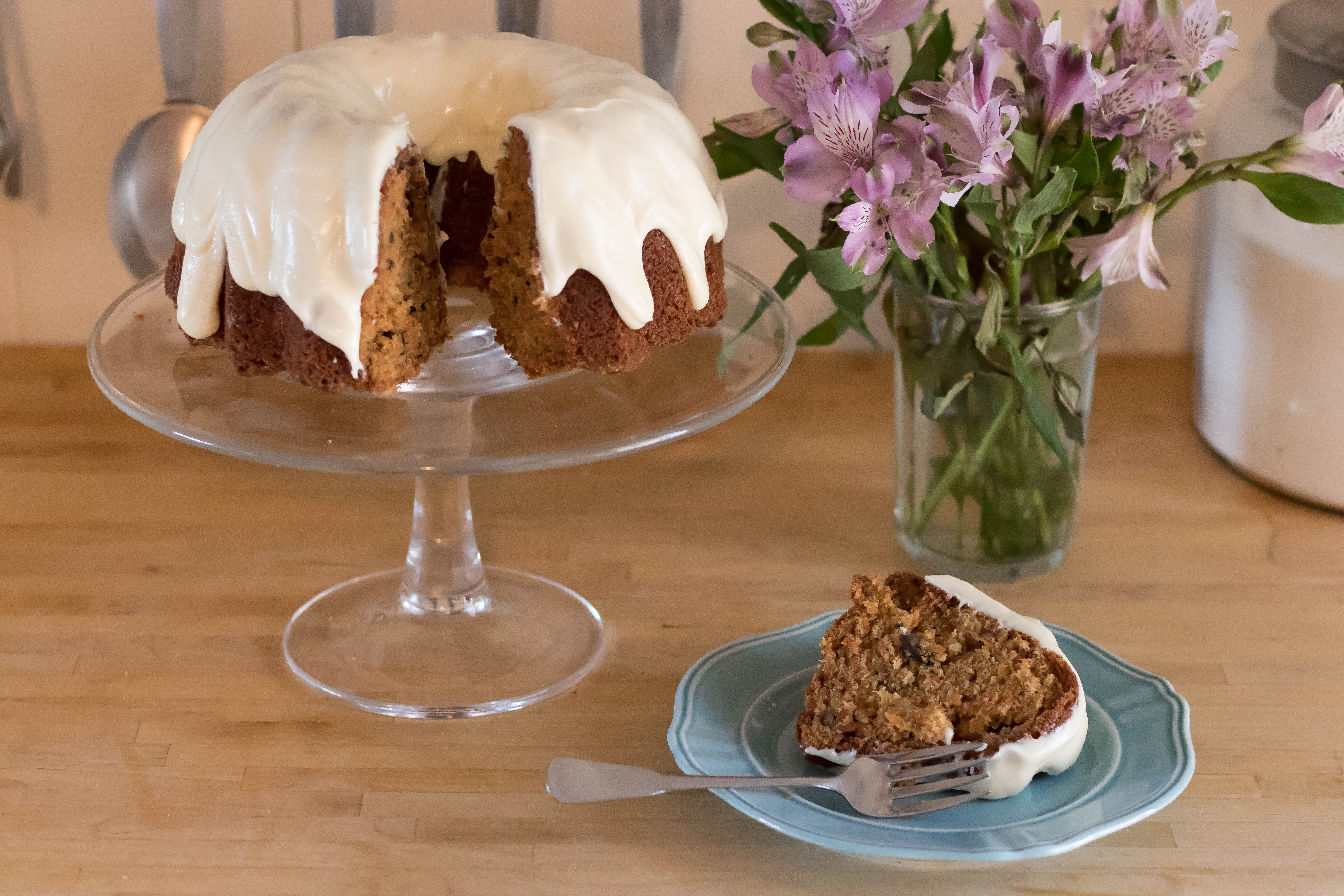 Easy Carrot Cake With Cream Cheese Glaze Whattomunch Com